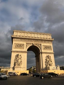 Arc de Triomphe as the sun sets