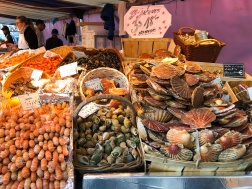 Seafood galore at Marché Maubert